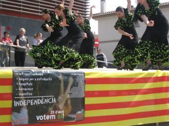 JERC demana el Sí entre flamenc i sardanes