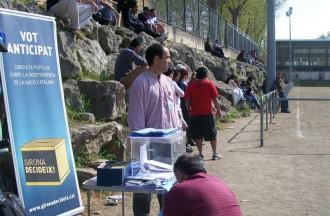 Girona Decideix fa campanya entre els nouvinguts