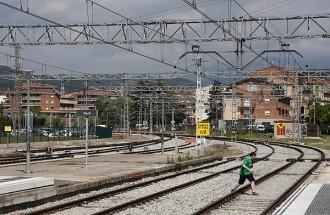 CiU titlla d'«intolerable» el tancament de la base de manteniment del tren