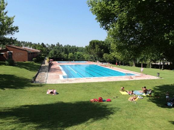 Ple olost repara la piscina municipal for Piscina municipal manresa