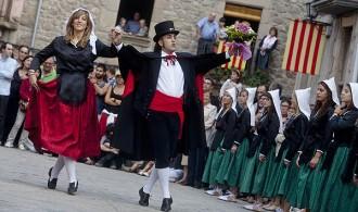 Els coets donen el tret de sortida de la festa major d'Alpens