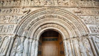 La Portalada de Ripoll fa un pas clau per ser Patrimoni de la Humanitat