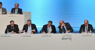 Vés a: L'empresa de Florentino Pérez presenta una contraopa per Abertis