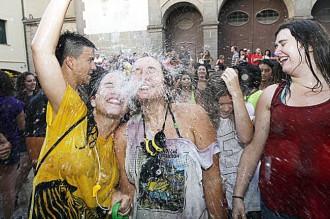 La Porronada de la festa major de Torelló celebra el seu 20è aniversari
