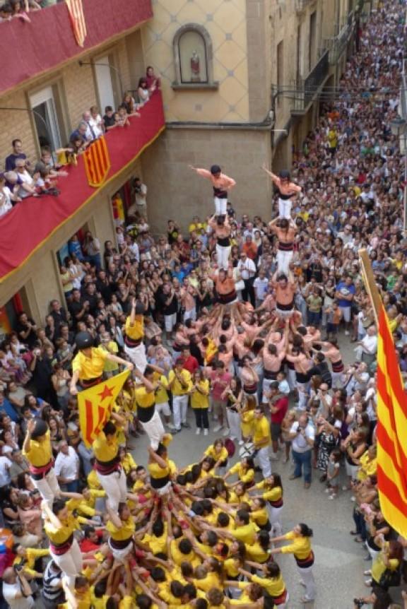 Canvis a la celebració local de la Diada per facilitar l'assistència a la manifestació de Barcelona