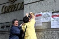 Els treballadors de Correus es manifesten contra les retallades