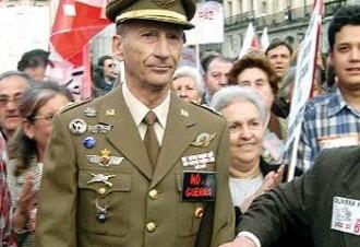 El coronel Martínez Inglés explica «l'Operació Estela», l'operatiu militar per aturar la «rebel·lió catalana»