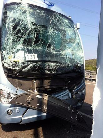 Vuit ferits lleus en un accident amb busos de Sant Julià que anaven a la Marxa de l'11S