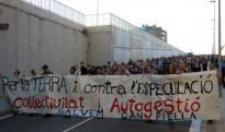 Vés a: Els Mossos desallotgen l'antiga fàbrica de Can Sanpere de Premià de Mar