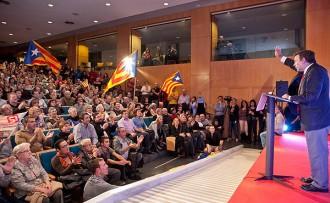 López Tena: «L'oposició als traïdors de Catalunya serà implacable»