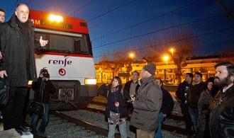 Vés a: Els usuaris del tren exigeixen a Rajoy menys anuncis i invertir el previst