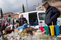 Vés a: Un mercat de segona mà barreja oci i comerç
