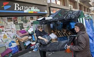 Els activistes de la PAH a Banesto es preparen pel Mercat del Ram