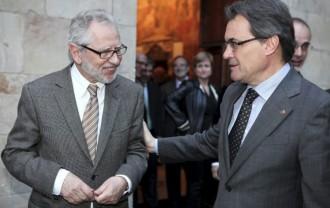 Carles Viver Pi-Sunyer avisa que la consulta es pot ajornar