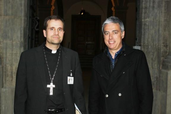Albert Om és el convidat de Mons. Xavier Novell