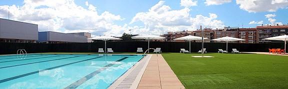 La piscines municipals de manresa inauguren la temporada d for Piscina municipal manresa