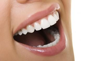 Deu hàbits freqüents que espatllen les dents
