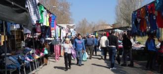 Martínez: «Els mercadals són més humans que les superfícies comercials»