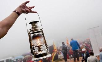 La Flama del Canigó enlluerna el Tricentenari