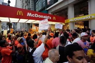 Els treballadors de Burger King i McDonald's als EUA, de vaga