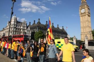 La via catalana a Londres, la més multitudinària feta a l'estranger