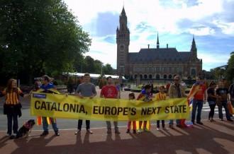 Una cadena davant el tribunal Internacional de La Haia