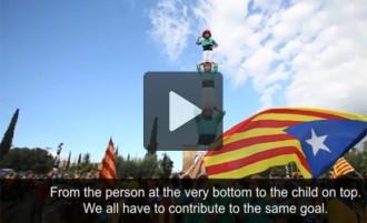 Els castellers serveixen a «The Guardian» per explicar la Via Catalana
