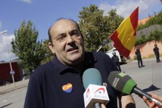 El cap de C's a Mataró, a la protesta contra l'estelada dels Bombers