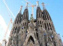 Vés a: Activistes de Greenpeace es pengen a la Sagrada Família