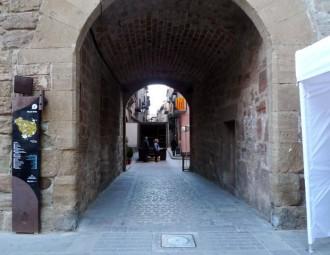 L'Ajuntament explica la posada en funcionament de la pilona automàtica del portal del Castell