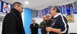 La Penya Blanc i Blava de Terrassa rep l'alcalde Jordi Ballart
