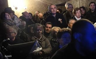 El documental dels bombardeigs omple el refugi del Renaixença