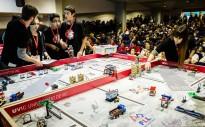 Vés a: La UVic acull un torneig de robòtica