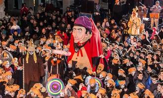 La festa del Pullassu marca l'inici de la disbauxa del Carnaval de Terra Endins