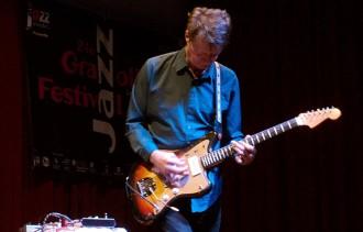 Nels Cline: «El virtuosisme pot arribar a ser molt avorrit»
