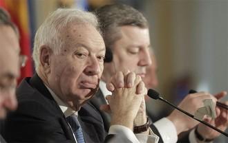 Vés a: Margallo amenaça amb la suspensió de l'autonomia per frenar la independència