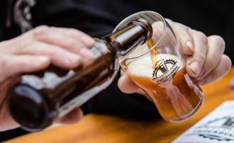 La panxa cervesera és un mite, segons un estudi