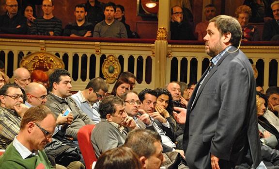 Junqueras matisa Puigdemont: la consulta sobre BCN World a tot el país