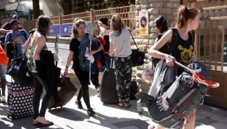 Desembarca al SalouFest el primer gruix de 4.600 estudiants britànics