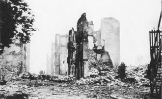 Guernica recorda el bombardeig feixista de fa setanta-set anys