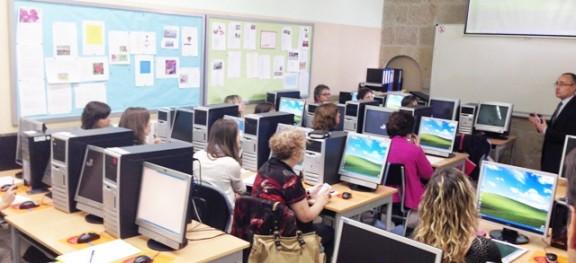 """El personal administratiu de la comarca realitza un curs de formació del servei """"e-NOTUM"""""""