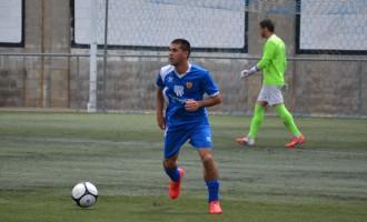 Tres gols de Fernández ensorren el Torreforta