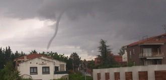 La tempesta provoca un petit tornado al Camp de Tarragona