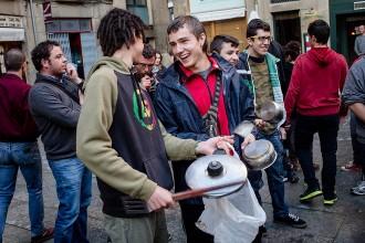 Organitzen cassolades en suport als refugiats sirians