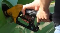 La gasolina i el gasoil s'encareixen un 0,7%