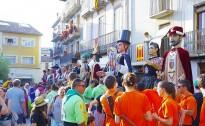 Els gegants donen el tret de sortida de les festes de Sant Joan i els Elois de Prats