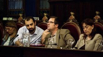 Cinc exregidors del PSC a Girona passen a ser no-adscrits