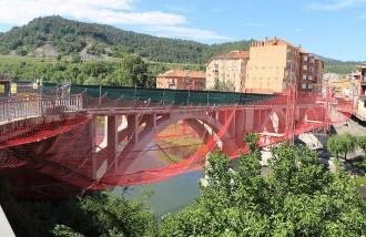 El pont de Sant Quirze queda tallat als vianants durant sis nits