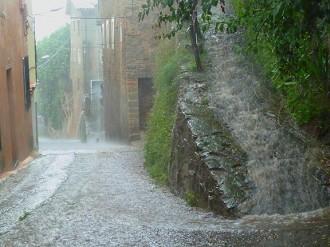 Vés a: Protecció Civil avisa del risc de pluges intenses