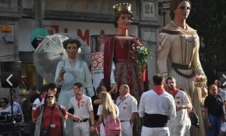 Galeria d'imatges Drac, Capgròs,Bastoners, Gegants, Nans, Ministrils